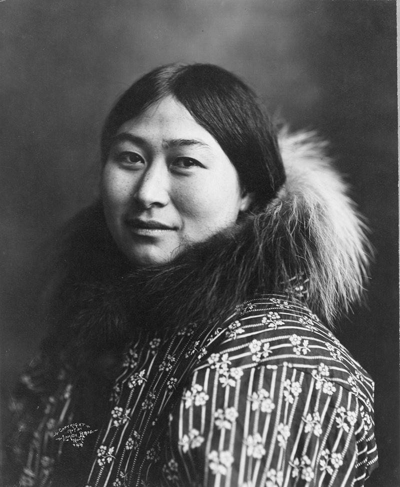 800px-Inuit_women_1907