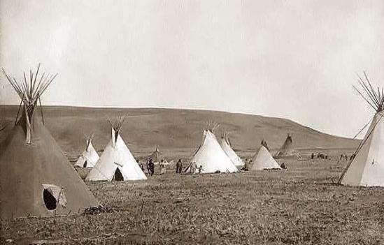 2 campement atsinas 1908
