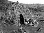 220px apache wickiup edward curtis 1903