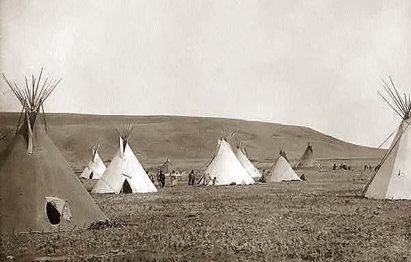 Atsina indian camp