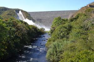 Enrocado y rio presa el cercado proyecto rio rancheria la guajira colombia