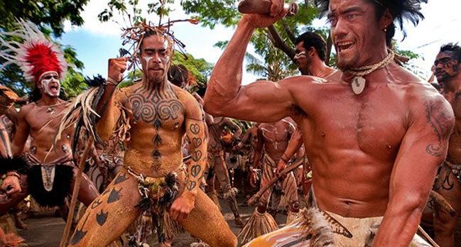 Peuples indigenes 0 foto central danseurs rapanuis 20edf png